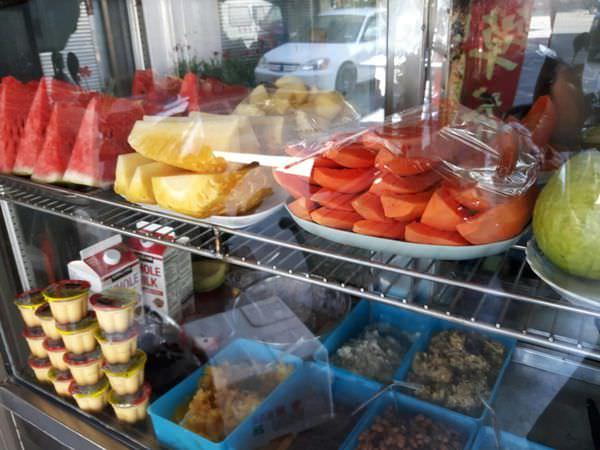 【台南 西港】廟前30年老店,吃出懷舊滋味